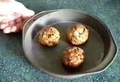 Crunchy Bread Stuffing Balls